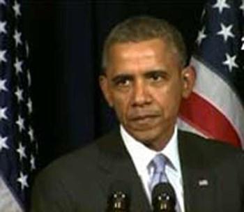 بالفيديو.. أوباما يرد على شخص يسأل عن