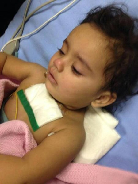 صورة طفل سعودي يذبح اخته بعد ان شاهد في المسلخ طريقة ذبح الخروف