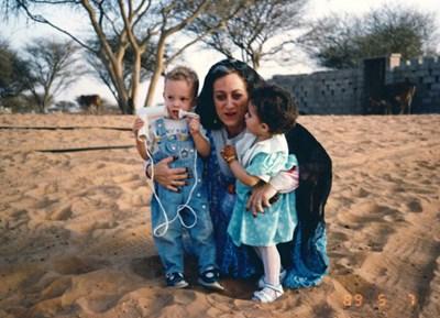عائلتين إماراتية وإسبانية جمعتهما الأخوة 597002-7.jpg?width=400