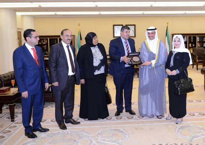 الغانم يستقبل رئيس لجنة فلسطين في مجلس النواب الأردني