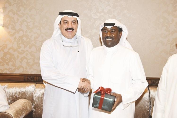 المعيوف مكرما محمد بلال كفيت ووفيت   جريدة الأنباء   Kuwait