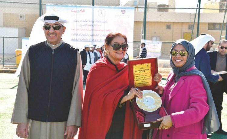 الشيخة شيخة العبدالله تكرم رحاب بورسلي(فريال حماد)