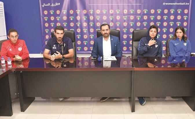 جانب من المؤتمر الصحافي لمنتخبي سيدات الكويت ولبنان