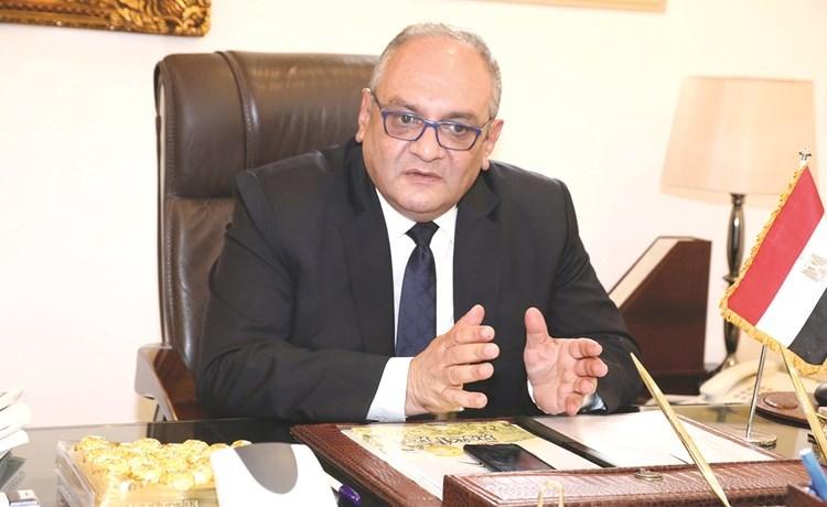 السفير هشام عسران
