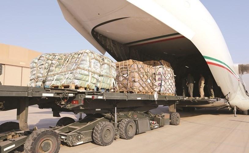 جانب من المساعدات الكويتية في طريقها إلى السودان