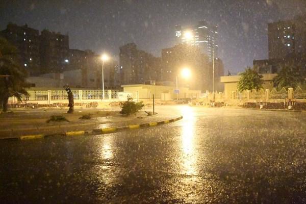 أمطار خفيفة هطلت على مناطق الكويت (محمد هاشم)