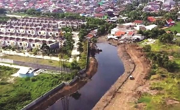 إندونيسيا ثاني أكبر منتج للمخلفات البلاستيكية بالعالم