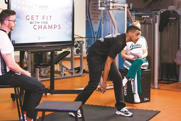 «AUM» تنظم «Get Fit with the Champs» للرياضة عن بُعد