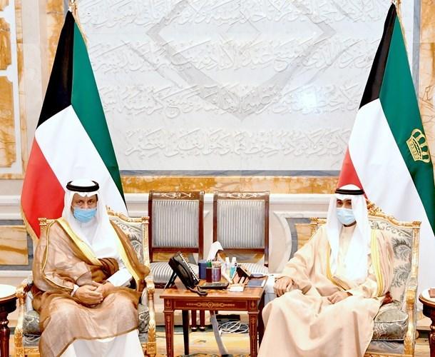 بالفيديو الأمير تسلم تقرير المواطن | جريدة الأنباء | Kuwait