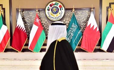 «كورونا» فرصة جيدة للحكومات الخليجية لتسريع الإصلاحات